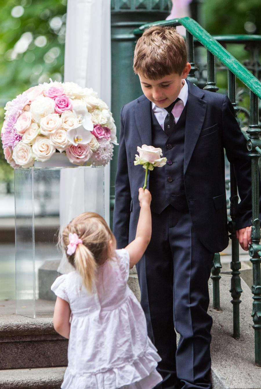 POKUD RODIČE DĚTI NA SVATBU VEZMOU (berme děti od 1 roku do 10 let) f2d705fa30